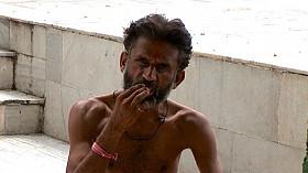 India_eating